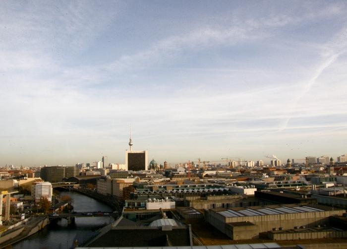 Berliinissä pitää kurkistaa pinnan alle.