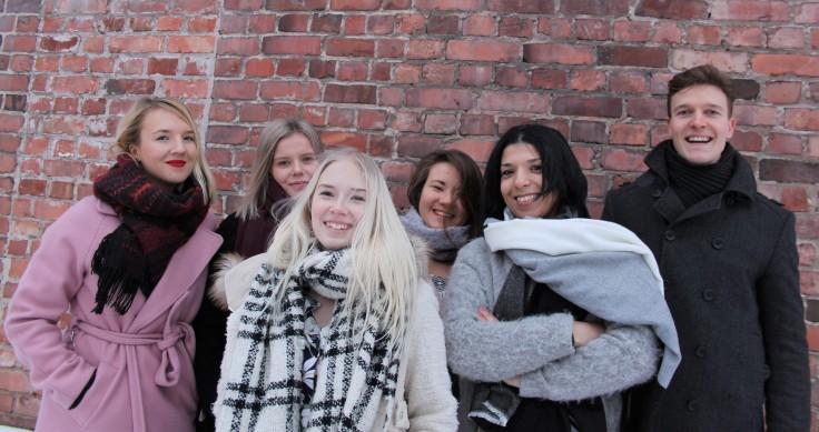 Osa Minua -näyttely projekti vas. oikealle Petra Nikula, Heini Järvenpää, Sofia Malinen, Zagryda Sandholm, Soniya Raissi, Toni Salikka. Kuvaaja Samantha Martinez Ziegler (2)